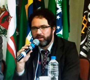 Dr. Rafael Pereira